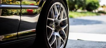 Opony samochodowe – na jakie się zdecydować?