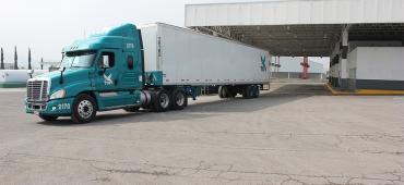 Uszkodzony TIR, czyli gdzie naprawić samochód ciężarowy