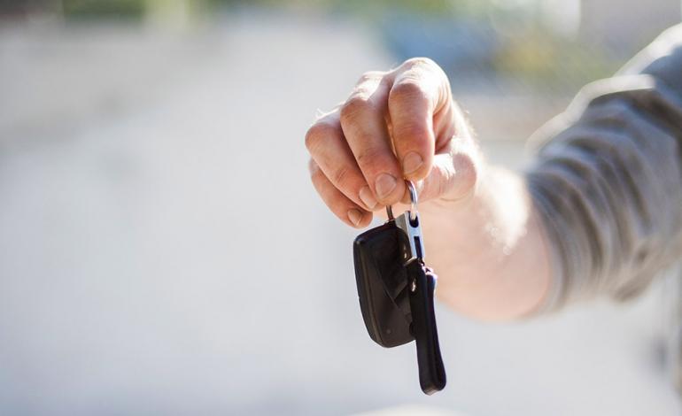 Jak sprzedać używany samochód?