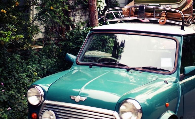 Jak zabezpieczyć ładunek w samochodzie?